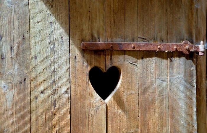7 Ways to Heal Hemorrhoids Naturally - Healthy Hildegard