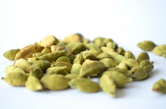 Bitter Spices cardamom