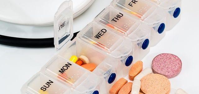 Modern Medicine vs Holistic Health